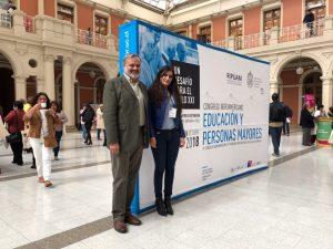 Walter Joseph y Camila Rivera de Didacttia en Cogreso Iberoamerciano Educación y Personas Mayores en la Universidad Católica de Chile.